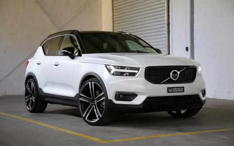 "HEICO SPORTIV Volvo XC40 (536) front with VOLUTION V. 22"" (1)"